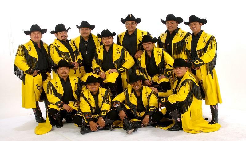 Banda Machos en el Teatro del Pueblo