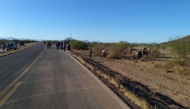 Mueren dos jornaleros agrícolas en accidente en Carretera 26