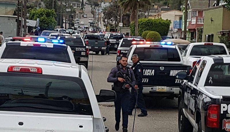 Reportan 5 ejecutados en tijuana y 1 baleado for Capillas de velacion jardin de los pinos