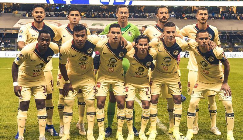 Llevan a Mateus Uribe a hospital tras lesión en juego contra Cruz Azul