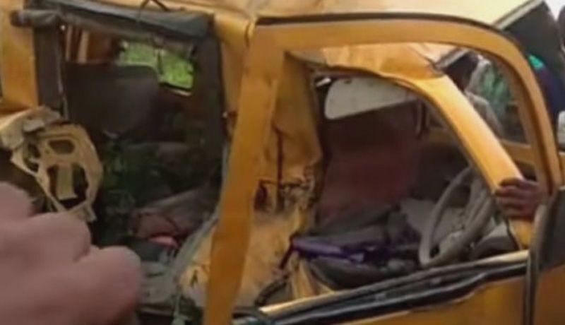 Accidente vial en Israel deja dos muertos y 51 heridos