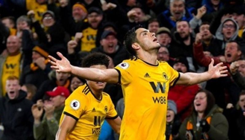 Wolverhampton y Jiménez, a estirar buena racha ante Newcastle
