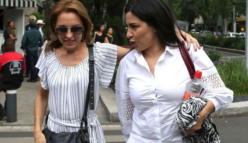 Marina de Tavira, Tiaré Scanda y Nailea Norvind marchan por justicia