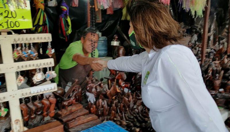 Compromiso reactivar economía en Bahía de Kino: Esther Salas