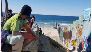 Llegan más migrantes a Tijuana