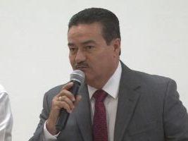 Víctor Guerrero González, Educación Básica