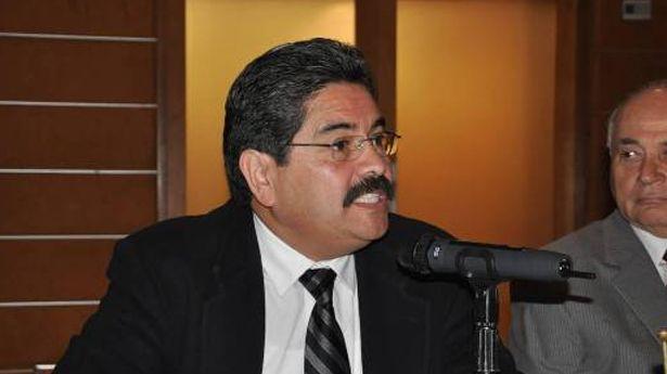 Víctor Espinoza Valle, analista político