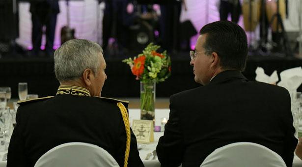 Peña Nieto conmemora a Niños Héroes en Chapultepec